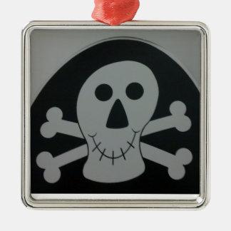 Black & white skull Ornament