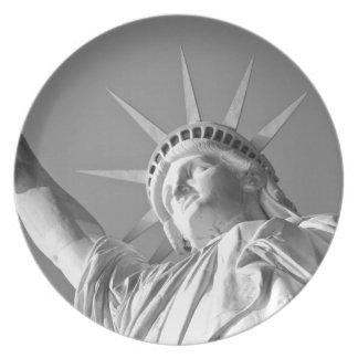 Black White Statue of Liberty Melamine Plate