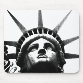 Black & White Statue of Liberty Mouse Pad