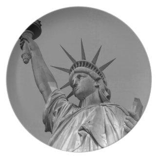 Black & White Statue of Liberty New York Dinner Plate
