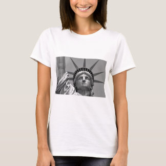 Black & White Statue of Liberty New York T-Shirt