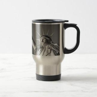 Black White Statue of Liberty Travel Mug