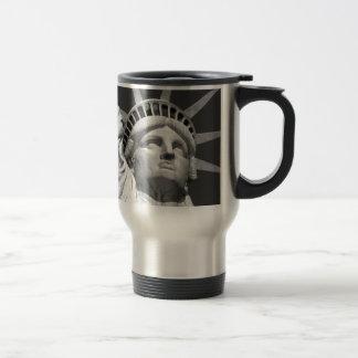 Black & White Statue of Liberty Travel Mug
