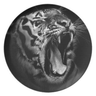 Black & White Tiger Plate