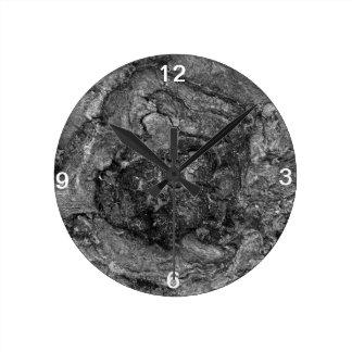 Black & White Tree Root Clock