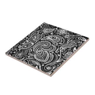 Black & White Vignette Paisley Lace Pattern Tile