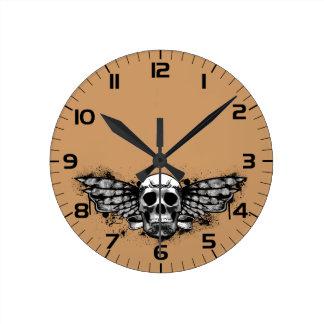 Black winged skull round wall clock