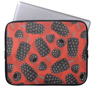 Blackberry and blackberry ice cream pattern laptop sleeve
