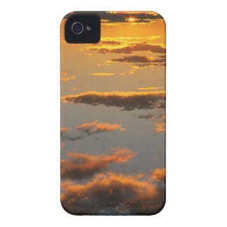 Blackberry Bold Sunset Cloud Case iPhone 4 Cover