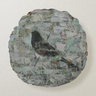 Blackbird in Tree Round Pillow