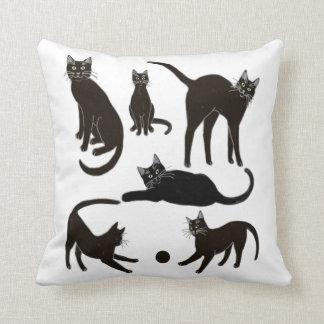 Blackie la almohada del gato negro cojín decorativo