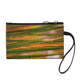 Blades of grass change purse