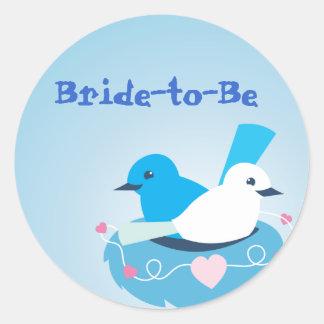Blanco azul precioso del wren de los pájaros del pegatina redonda