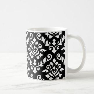 Blanco barroco del modelo del damasco en negro taza clásica