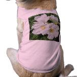 Blanco color de rosa del ciruelo de playa ropa de perros