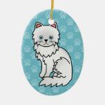 Blanco con el gato persa de los ojos azules ornamentos de reyes magos