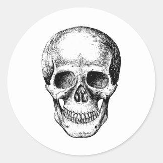 Blanco de la cara del cráneo pegatina redonda