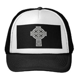 Blanco de la cruz céltica gorras de camionero
