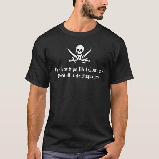 Blanco de la disciplina del pirata playera