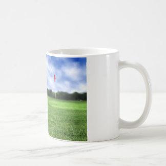 Blanco de la pelota de golf 4 taza blanca clásica