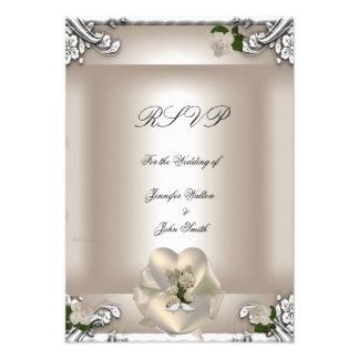 Blanco de plata subió crema elegante del boda de R Anuncio