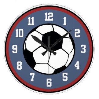 Blanco del fútbol y azul rojos reloj