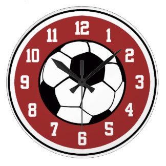 Blanco del fútbol y negro rojos reloj de pared