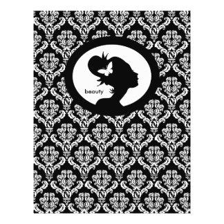 """Blanco del negro de la silueta de la mujer de la m folleto 8.5"""" x 11"""""""