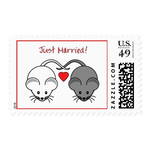 Blanco del negro de los ratones del boda casado franqueo