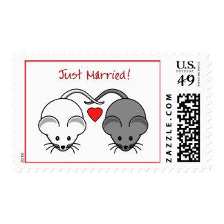 Blanco del negro de los ratones del boda casado timbre postal