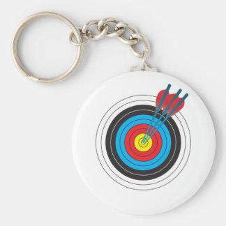 Blanco del tiro al arco con las flechas llavero redondo tipo pin