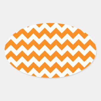 Blanco del zigzag I y anaranjado pequeños Pegatina Ovalada