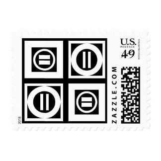 Blanco en el modelo geométrico negro del signo de timbres postales