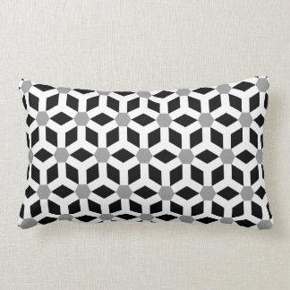 Blanco en la almohada tejada negra del maleficio