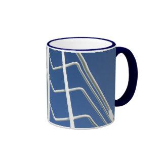 Blanco en la taza azul