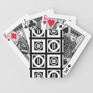 Blanco en modelo geométrico negro del signo de barajas de cartas
