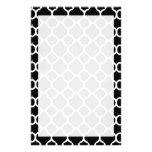 Blanco en Quatrefoil negro Papelería