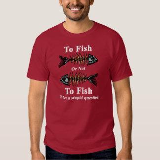 Blanco esquelético a los pescados o no pescar camisas