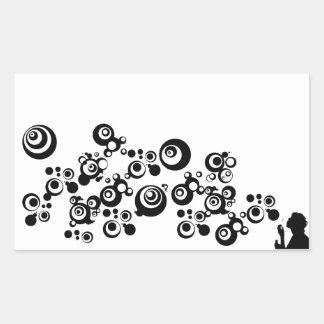 Blanco negro de las burbujas de la silueta del rectangular altavoz