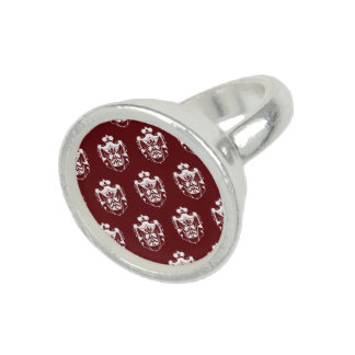Blanco rojo del escudo de la familia anillo