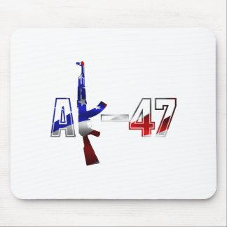 Blanco rojo del logotipo del rifle de asalto de AK Tapetes De Raton