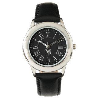 Blanco romano del monograma relojes de pulsera