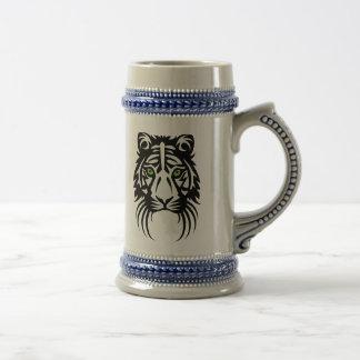 Blanco tribal del negro del tatuaje del tigre jarra de cerveza
