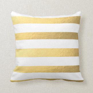 Blanco y almohada rayada del oro