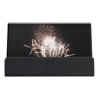 Blanco y celebración patriótica de los fuegos caja de tarjetas de visita para escritorio