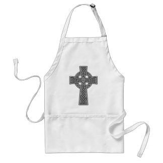 Blanco y gris de la cruz céltica delantal