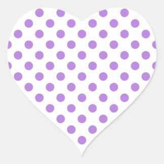Blanco y lunares de la lavanda pegatina en forma de corazón