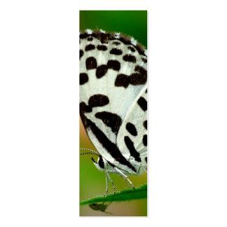 Blanco y mariposa manchada negro de Pierrot Tarjeta De Visita