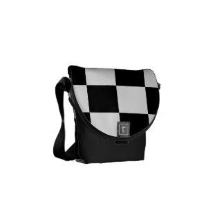 Blanco y negro a cuadros bolsas de mensajeria