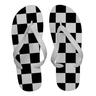 Blanco y negro a cuadros sandalias